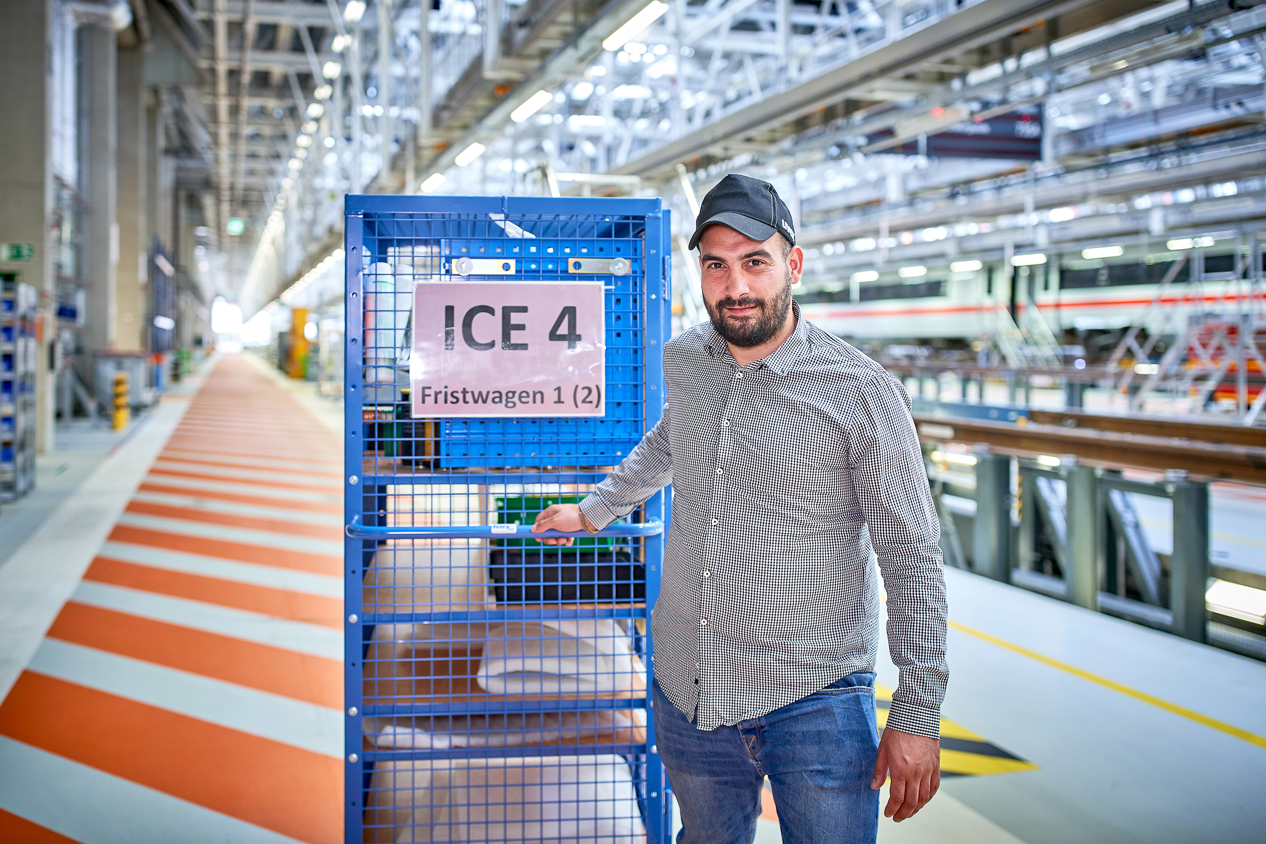 """I send replacement parts to my colleagues for installation right at the track. On time and in perfect quality.""<br/>Emre Ibis, Materials management specialist"